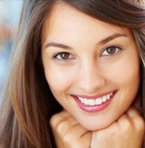¿Cómo elegir el mejor presupuesto de un dentista?