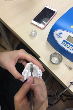 modulo-2-protesis-sobre-implantes-ceufp-2